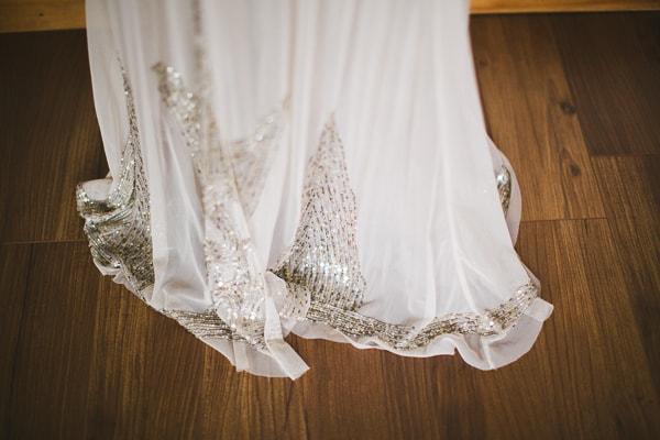 Anni sui dress
