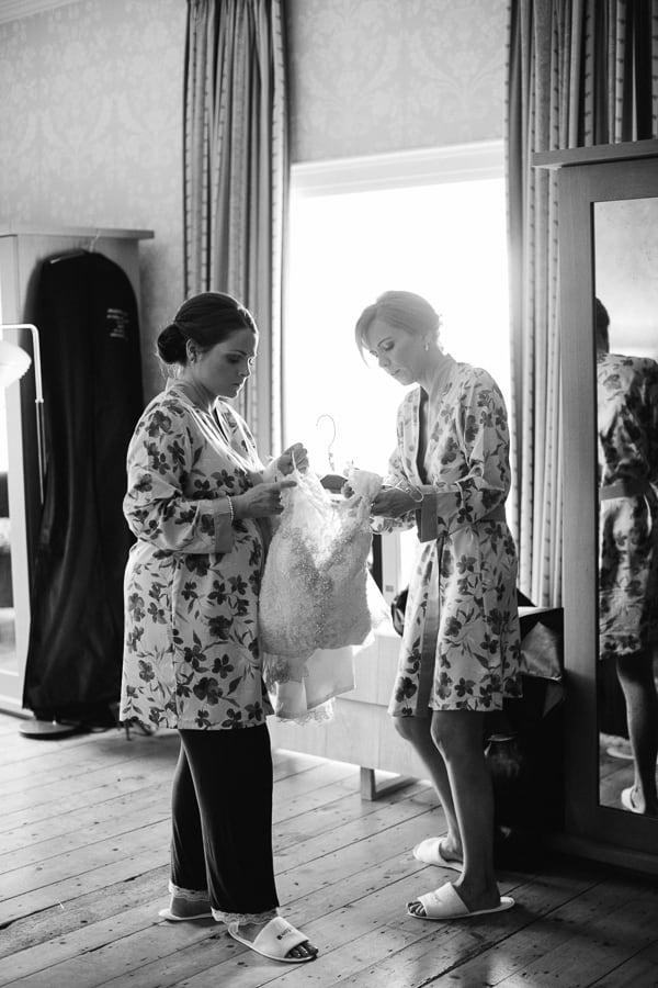 Wedding photography Farnham Estate-3-2