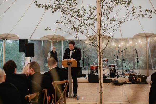 backyard irish castle wedding (108 of 128)