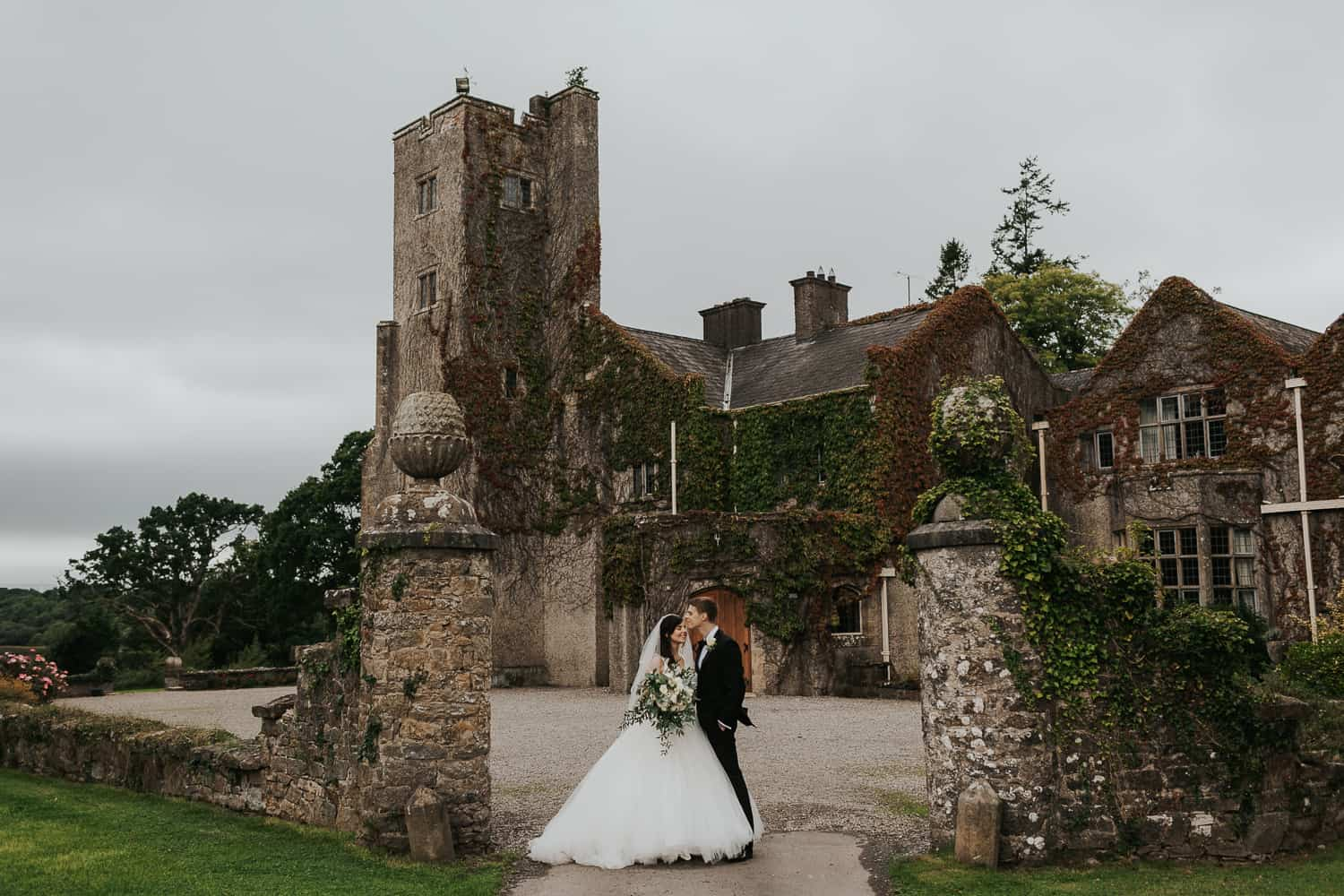 Micro wedding location with castle ireland